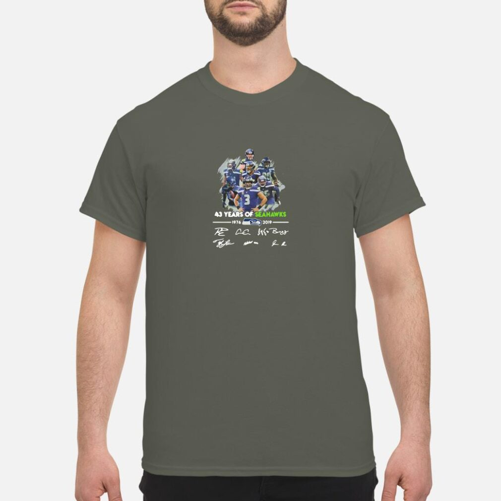 43 years of Seahawks 1976 2019 signatures shirt